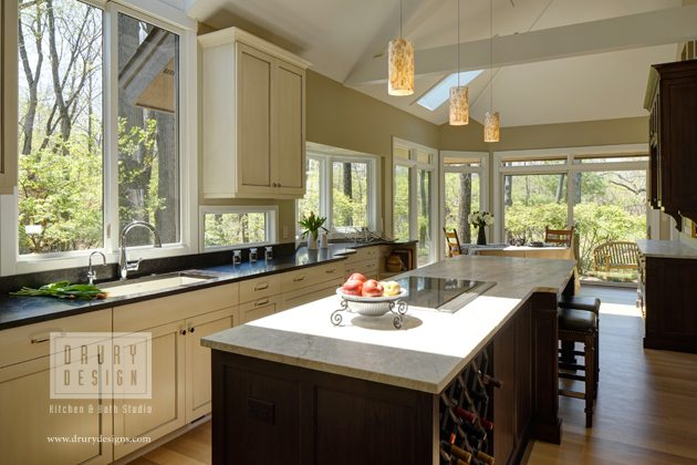 Indoor-Outdoor Kitchen Remodel Ideas Perfect for Entertaining