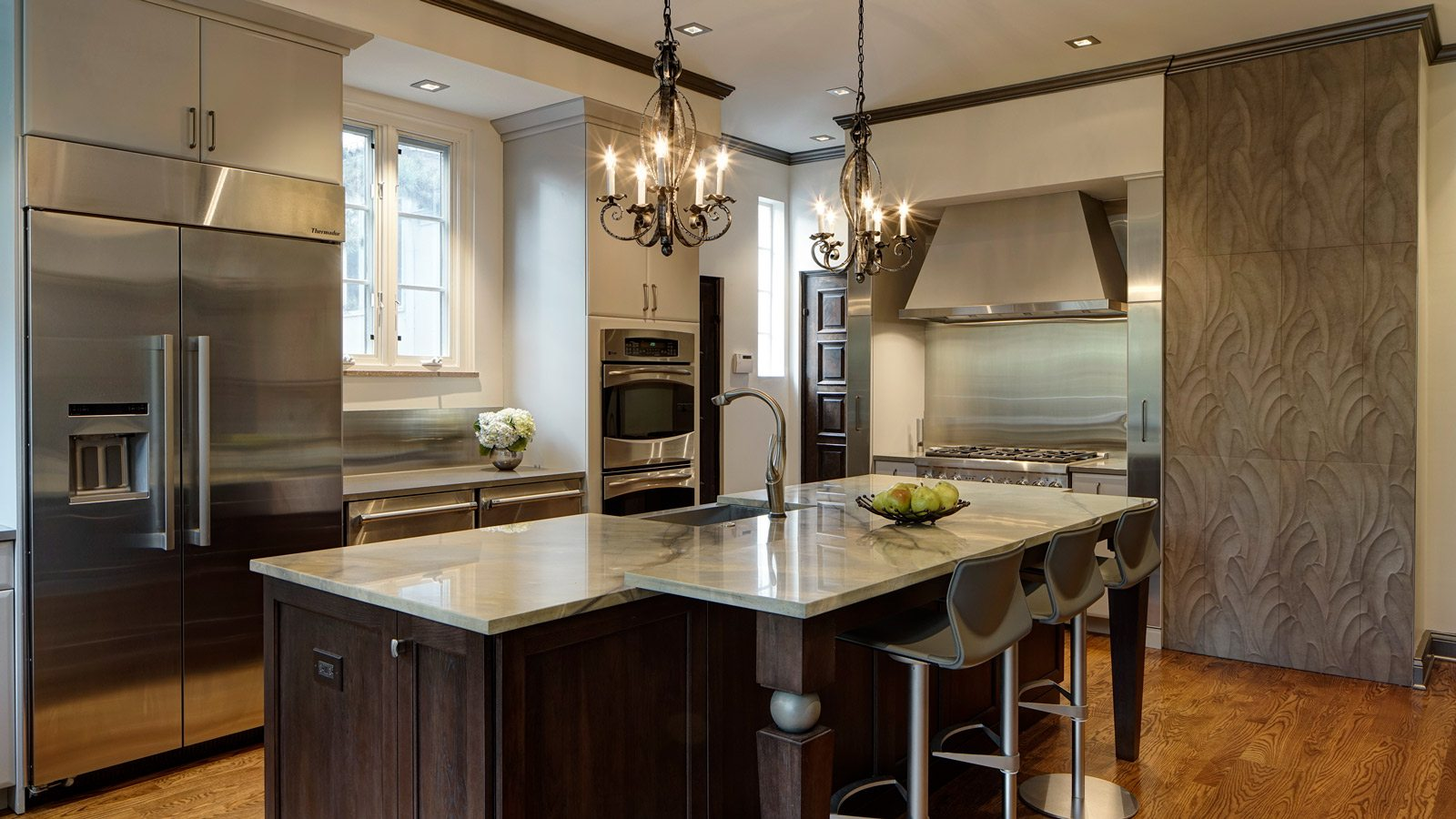 1600-x-900-Intriguing-Soft-Contemporary-Glen-Ellyn-Kitchen-Design