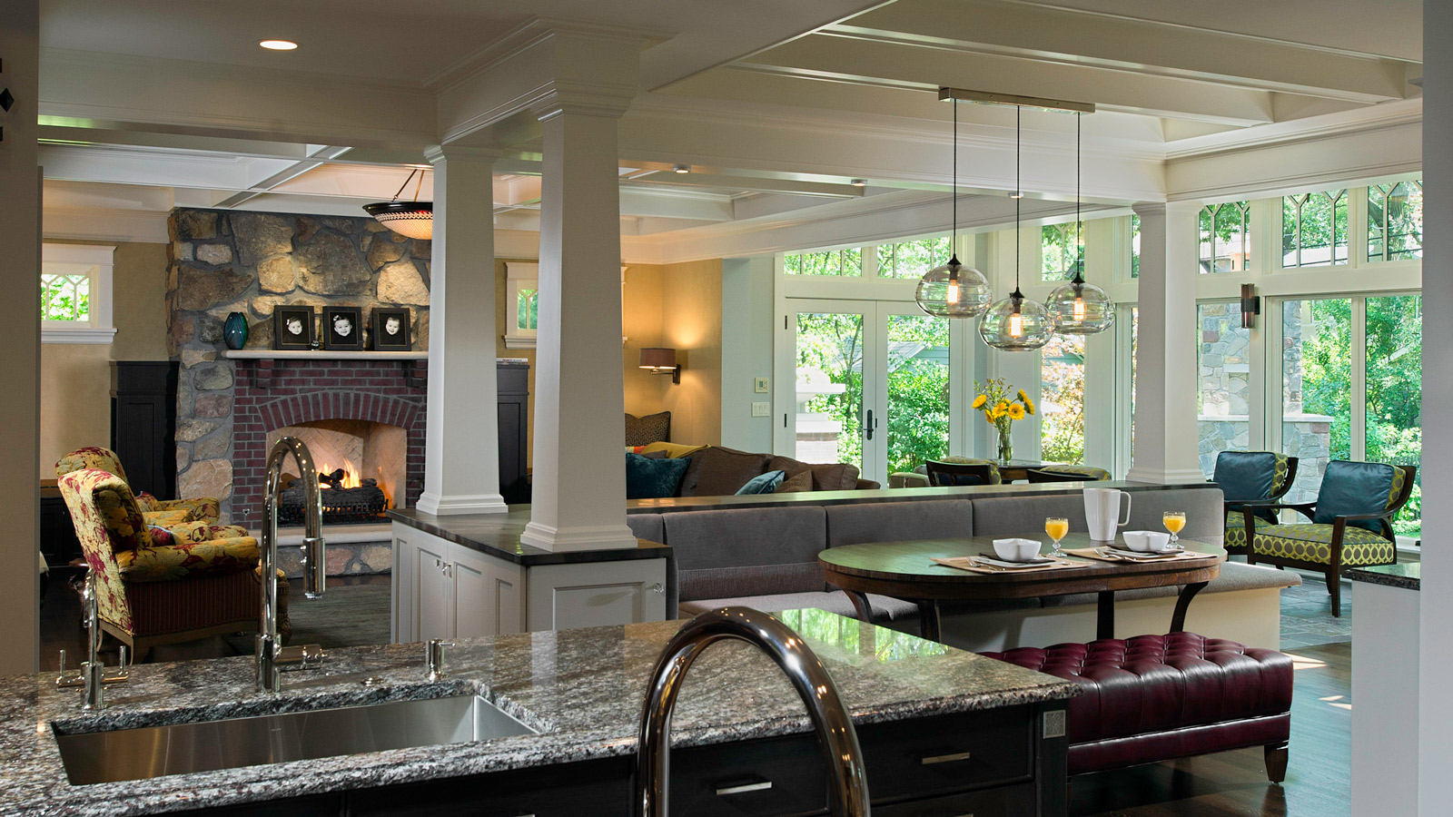 1600-x-900-Unique-and-Detailed-Winnetka-Kitchen-drury-design2