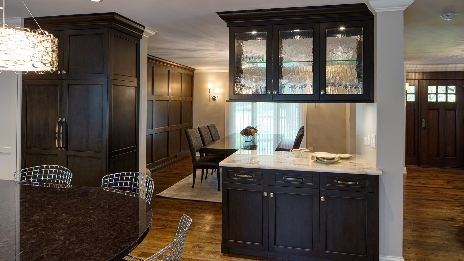 1600 X 900 Transitional Oak Brook Dining Room