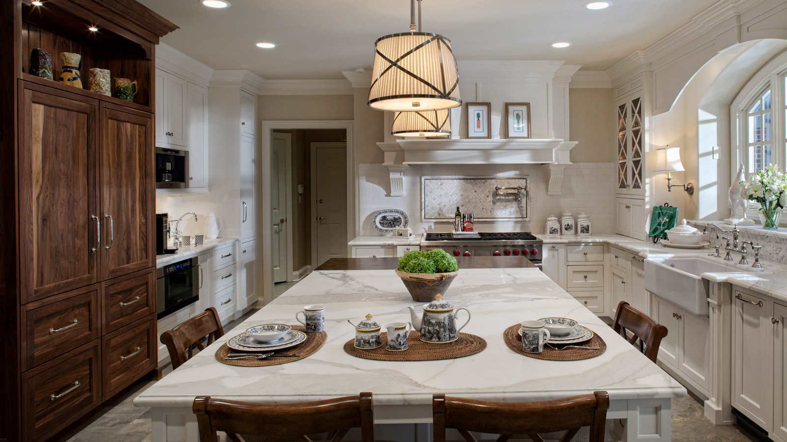 White And Warm Classic Traditional Kitchen Drury Design