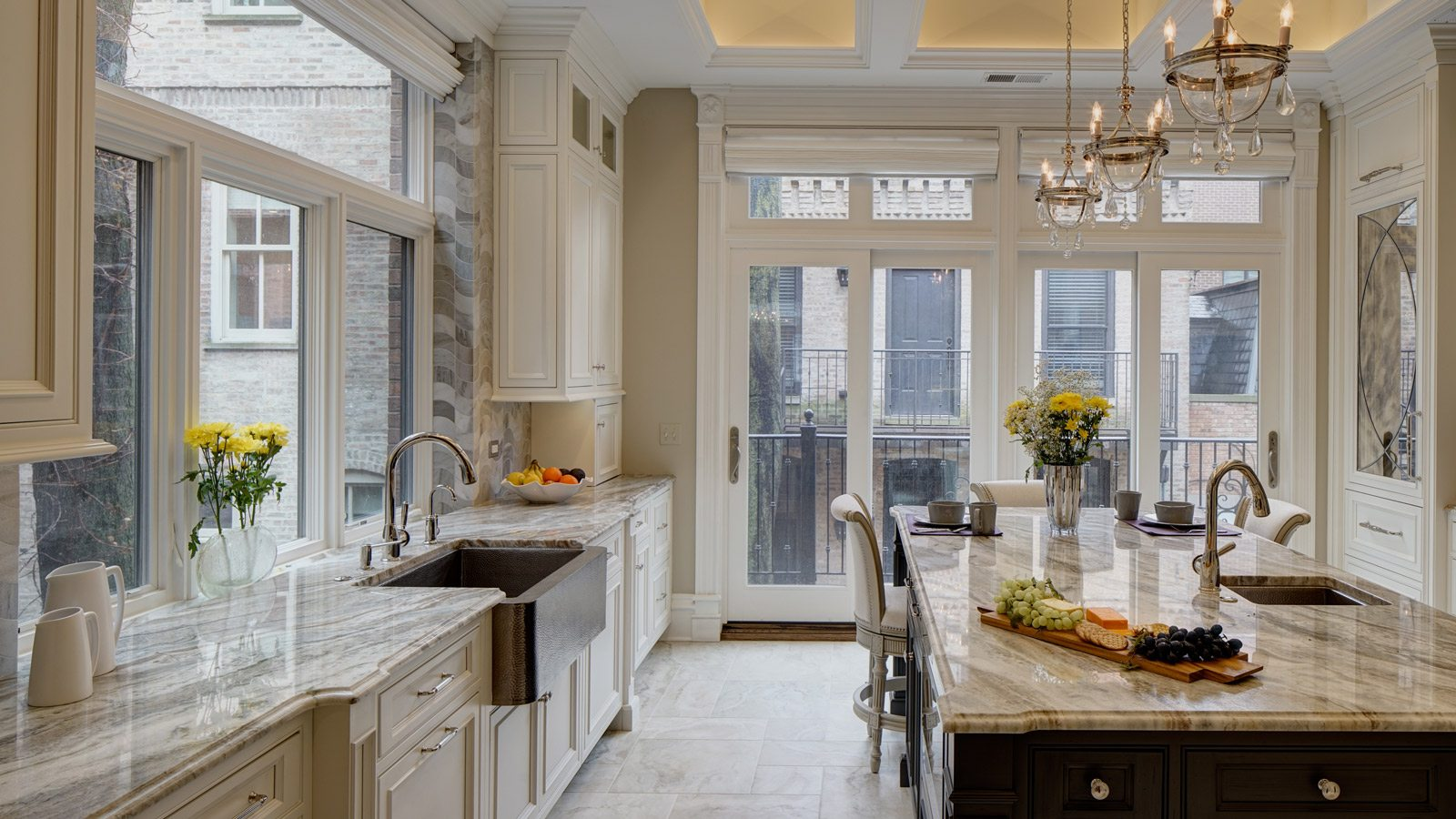 1600-x-900-Chicago-Renovation-Project-Revives-Gold-Coast-Brownstone-drury-design2