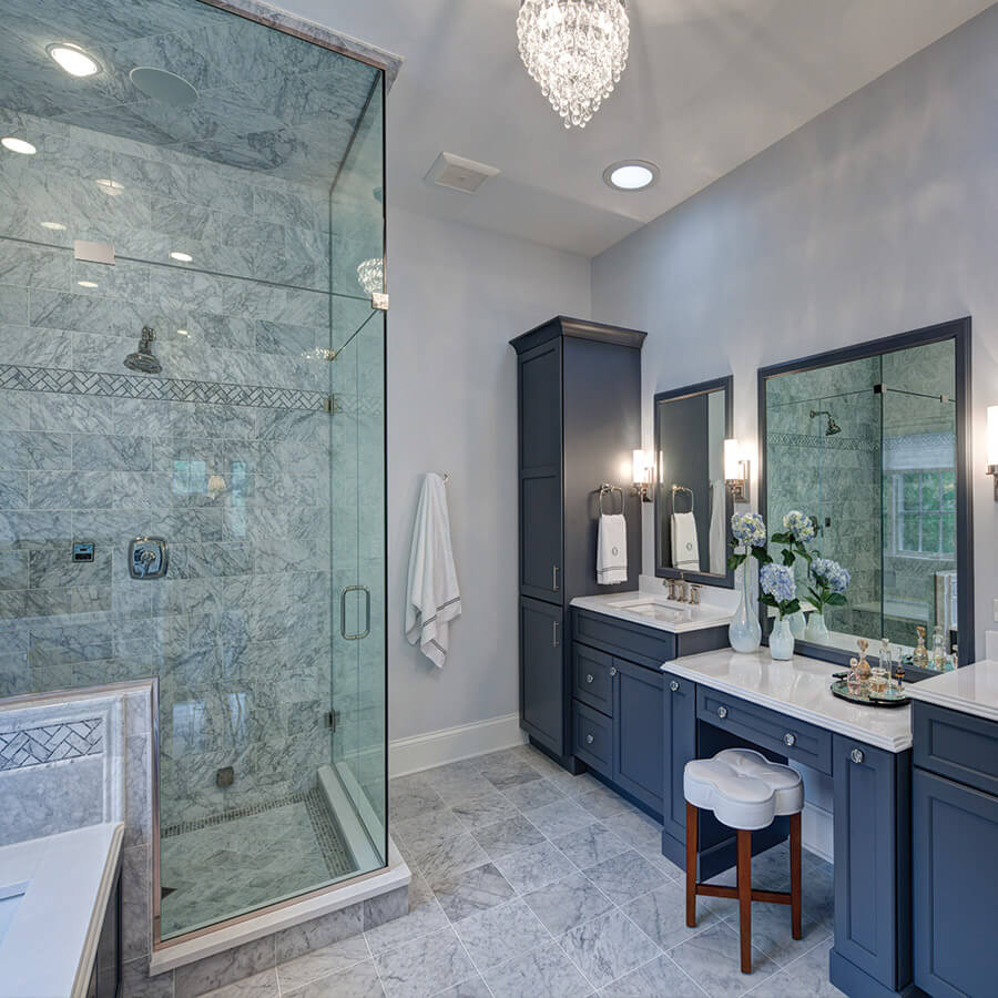 Transitional Bathroom Design Drury, What Is A Transitional Bathroom